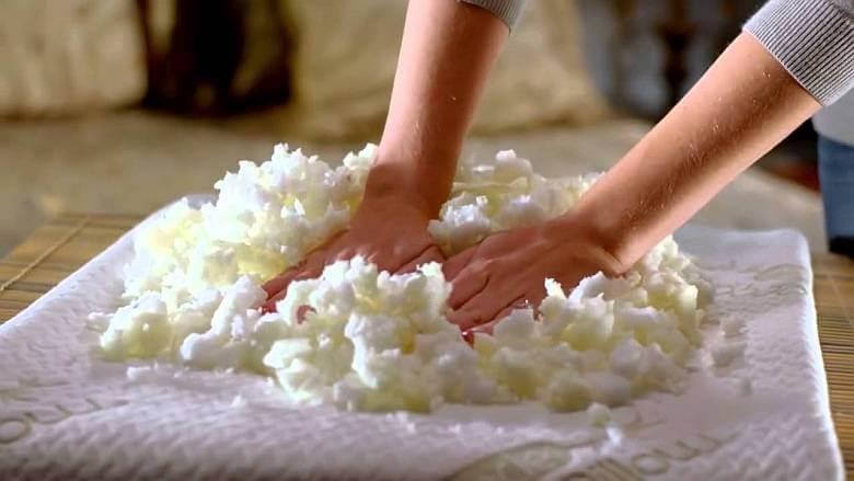 Чем наполнить диван своими руками