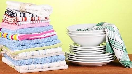Как отстирать и сохранить чистоту кухонных полотенец