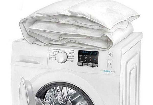 Фото: как стирать шерстяное одеяло в стиральной машине
