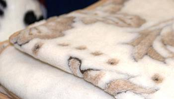 Фото: шерстяные одеяла
