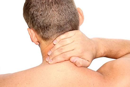Сон без подушки, может стать причиной причиной хронических головных болей и мигреней