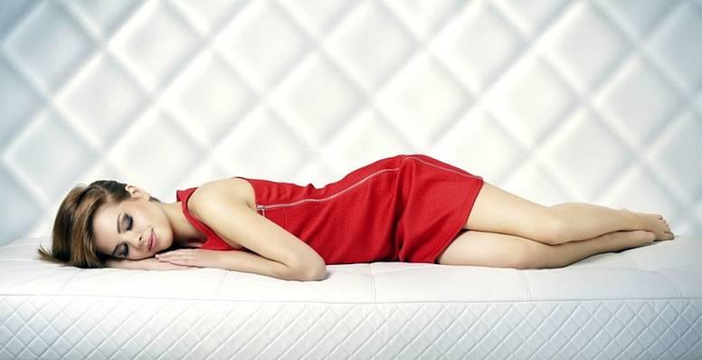 Можно ли спать без подушки
