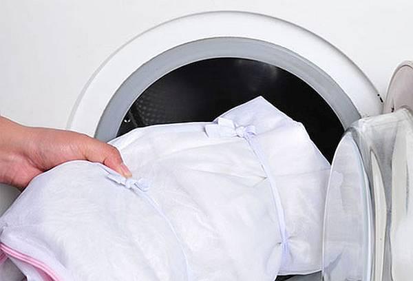 Фото: стирка штор в стиральной машине