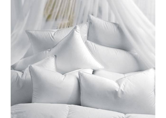 Рекомендации по уходу подушек с наполнителем из лебяжьего пуха